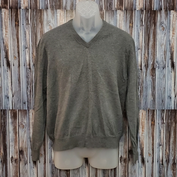 Brooks Brothers Other - Brooks Brothers V Neck Sweater